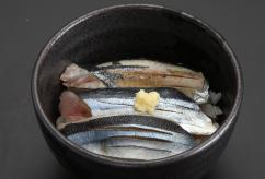 秋魚さんま丼